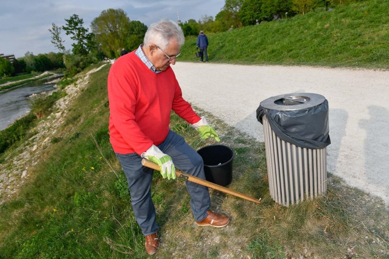 Sauber ist in Augsburg Göggingen Wertach Kulperhütte Frühlingsputz Frühjahrsputz Bayern Umwelt Abfall Müll Sammlung PRO AUGSBURG Fraktion Verein Stadtrat