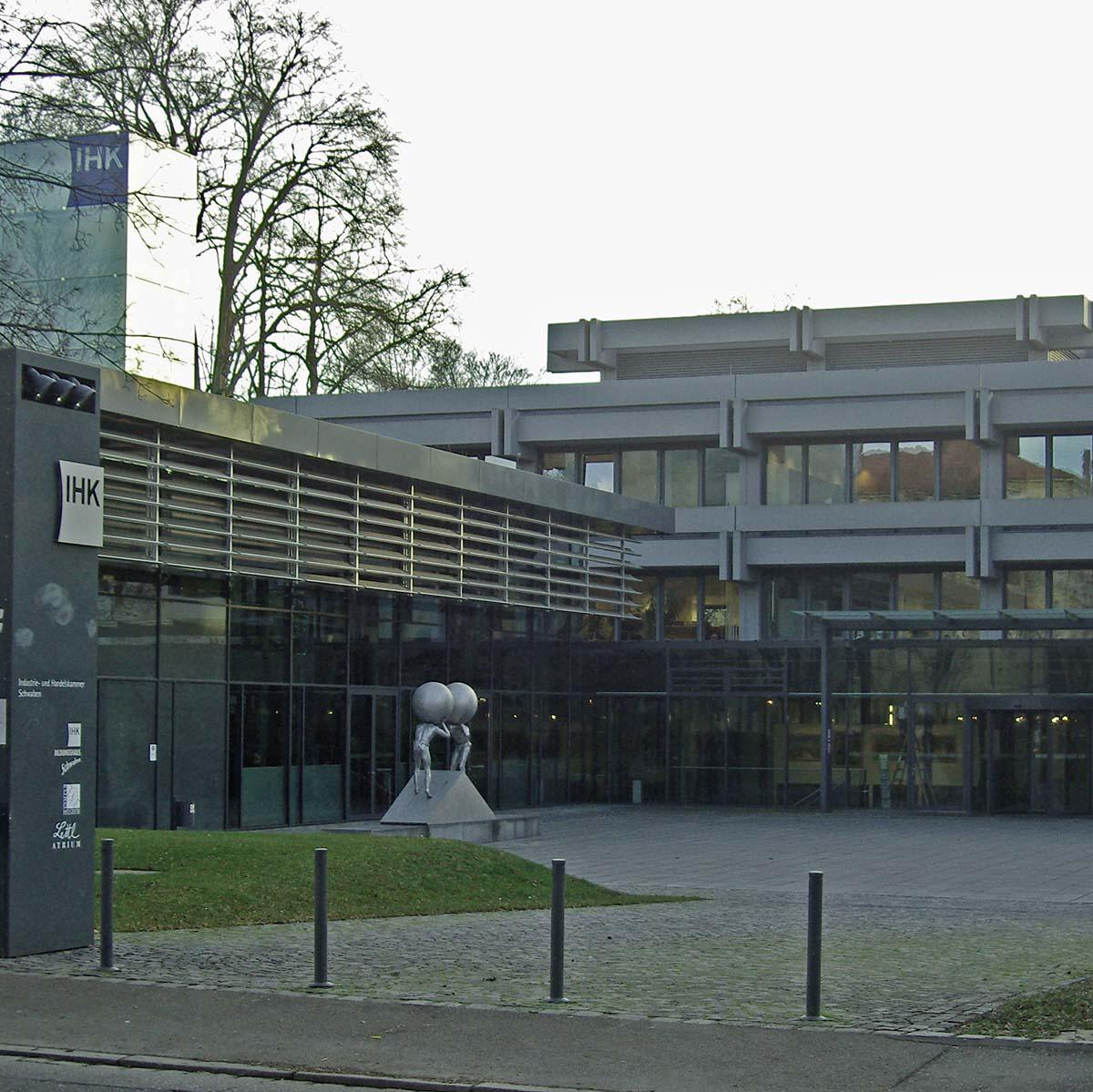 IHK Schwaben Industrie und Handelskammer für Schwaben in Augsburg Senkung Gewerbesteuer Reduzierung Hebesatz_Foto Andreas Zilse